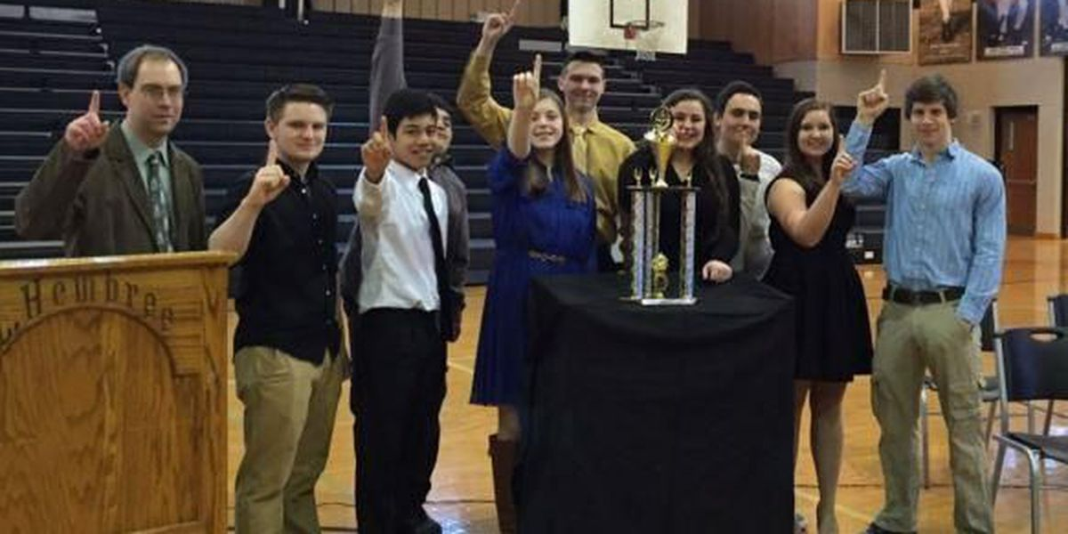 East Lawrence High School honors first ever state champion scholars' bowl team