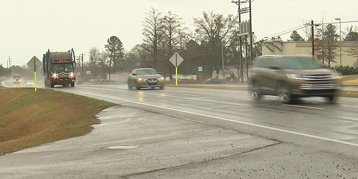 Morgan County commissioners unanimously support Alabama gas tax increase