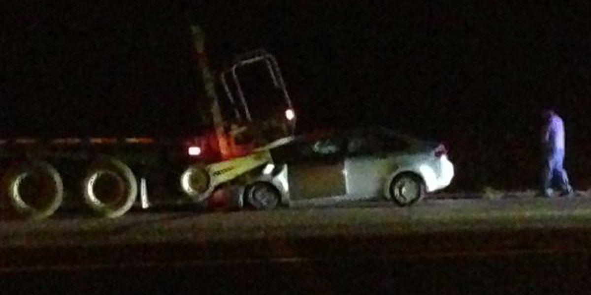 TRAFFIC: Wreck involving 18-wheeler shuts down 1 SB of Hwy 231/431 near Hazel Green