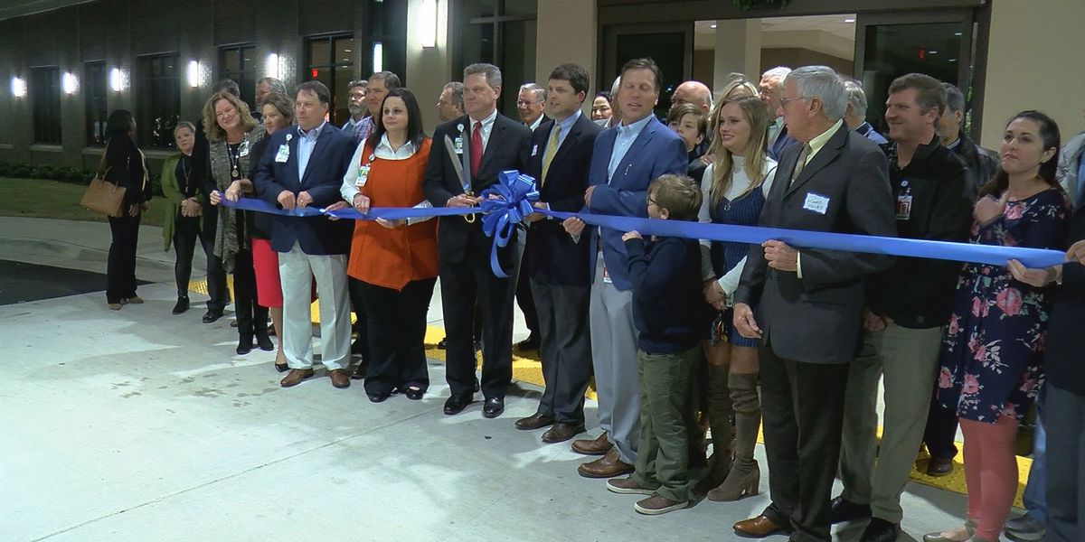 Athens-Limestone Hospital hosts ribbon cutting for outpatient surgery tower