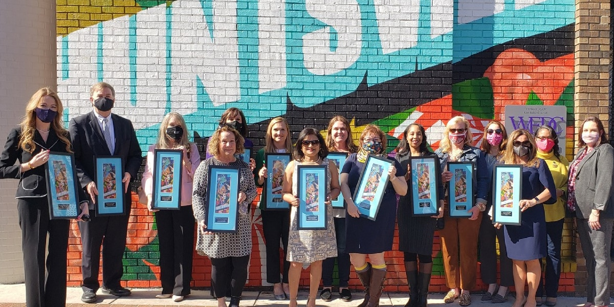 International Women's Day: Women's Business Council dedicate mural plaque to honor 19th amendment