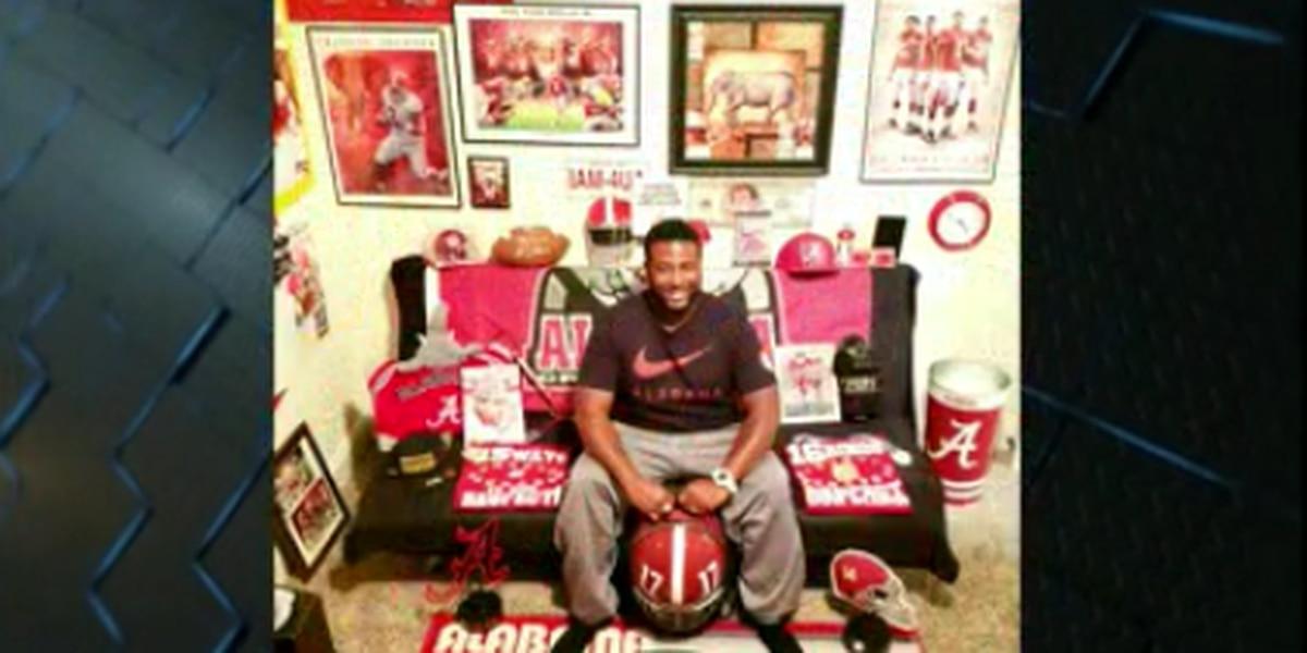 Alabama superfan living on ESPN billboard for 12 days