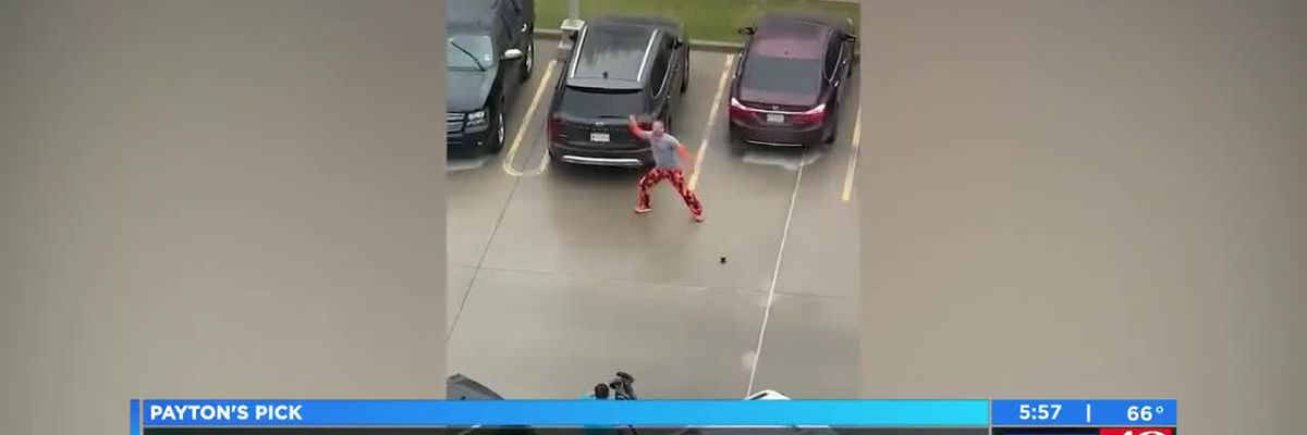 Payton's Pick: Dad dances outside hospital for son receiving chemo