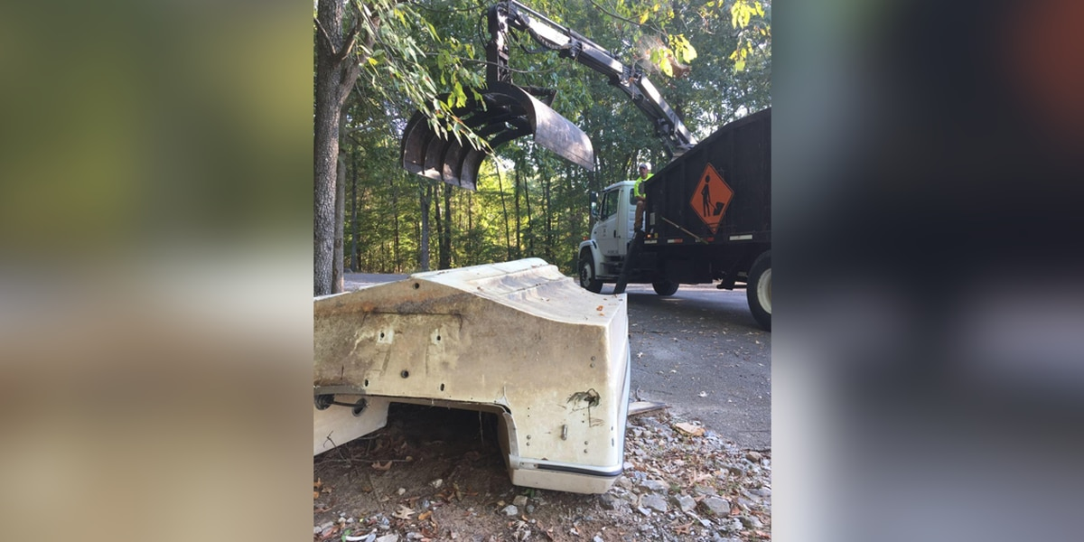 Boats dumped illegally in Lauderdale County