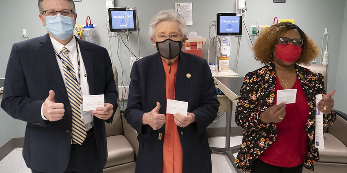 Gov. Kay Ivey, top state health officials receive COVID-19 vaccine