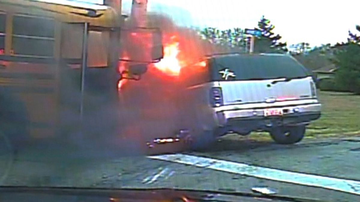 Dash cam footage captures highway fireball in TN school bus crash