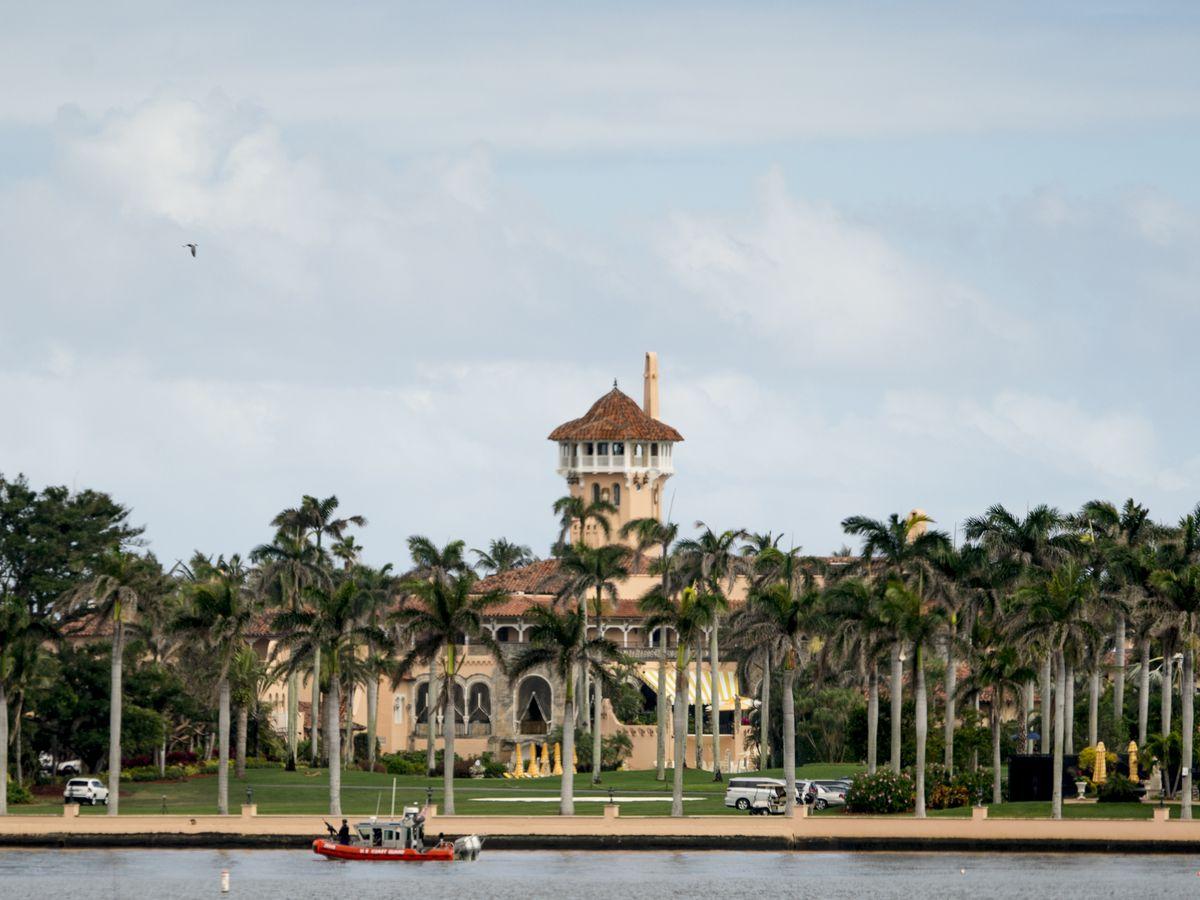 Trump kicks off Palm Beach social season at Mar-a-Lago