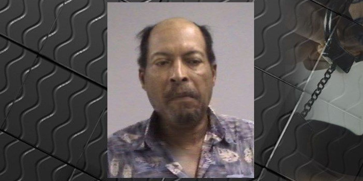Florence man accused of trying to burn house he was staying in