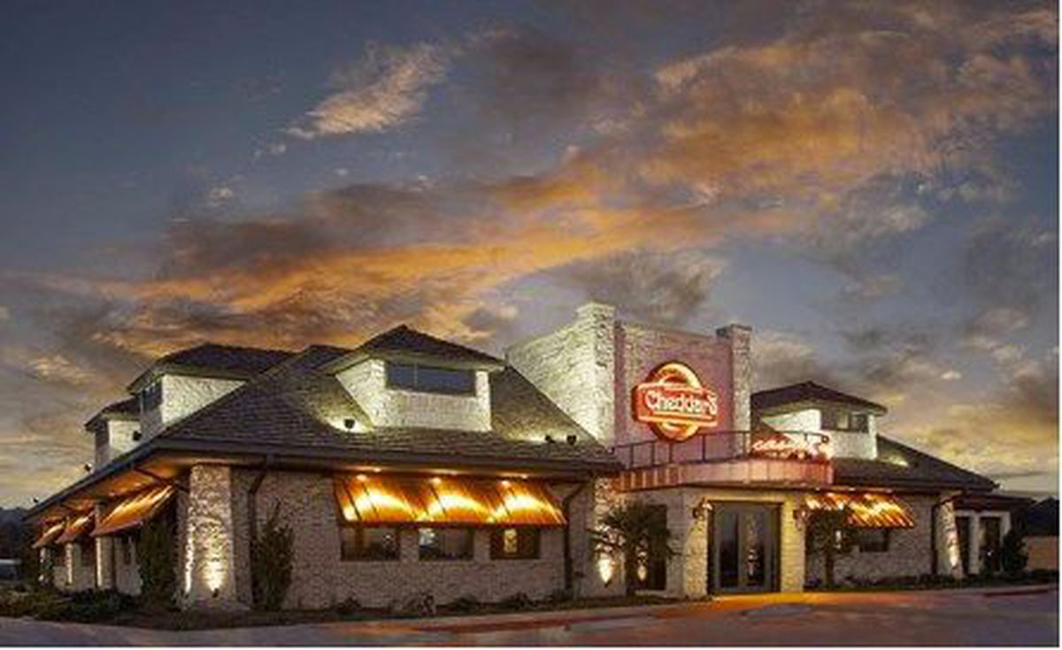 Olive Garden parent company to buy Cheddar\'s Scratch Kitchen