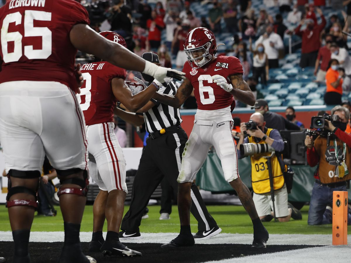 Alabama defeats Ohio State 52-24 in CFP National Championship Game
