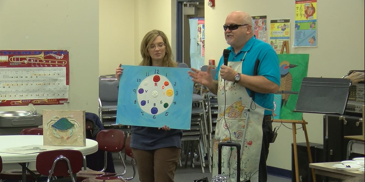 Blind painter teaches Lacey's Spring students about overcoming obstacles