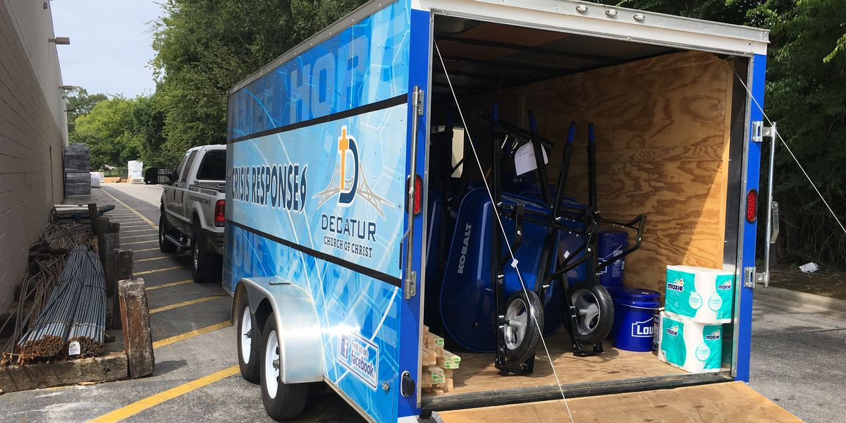 Decatur church heads to Texas-Louisiana border with hundreds of supplies