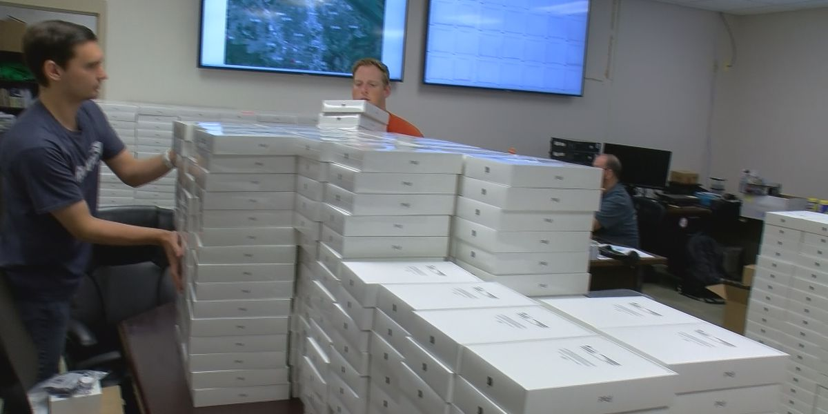 Decatur students getting iPads with internet access