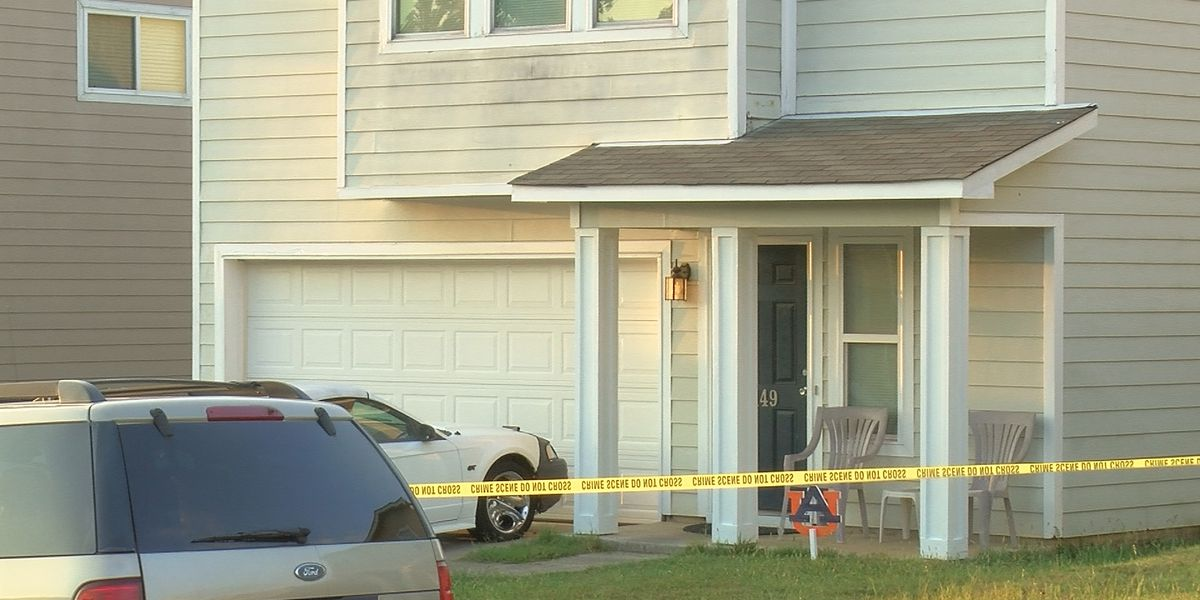 Female's body found in north Huntsville home