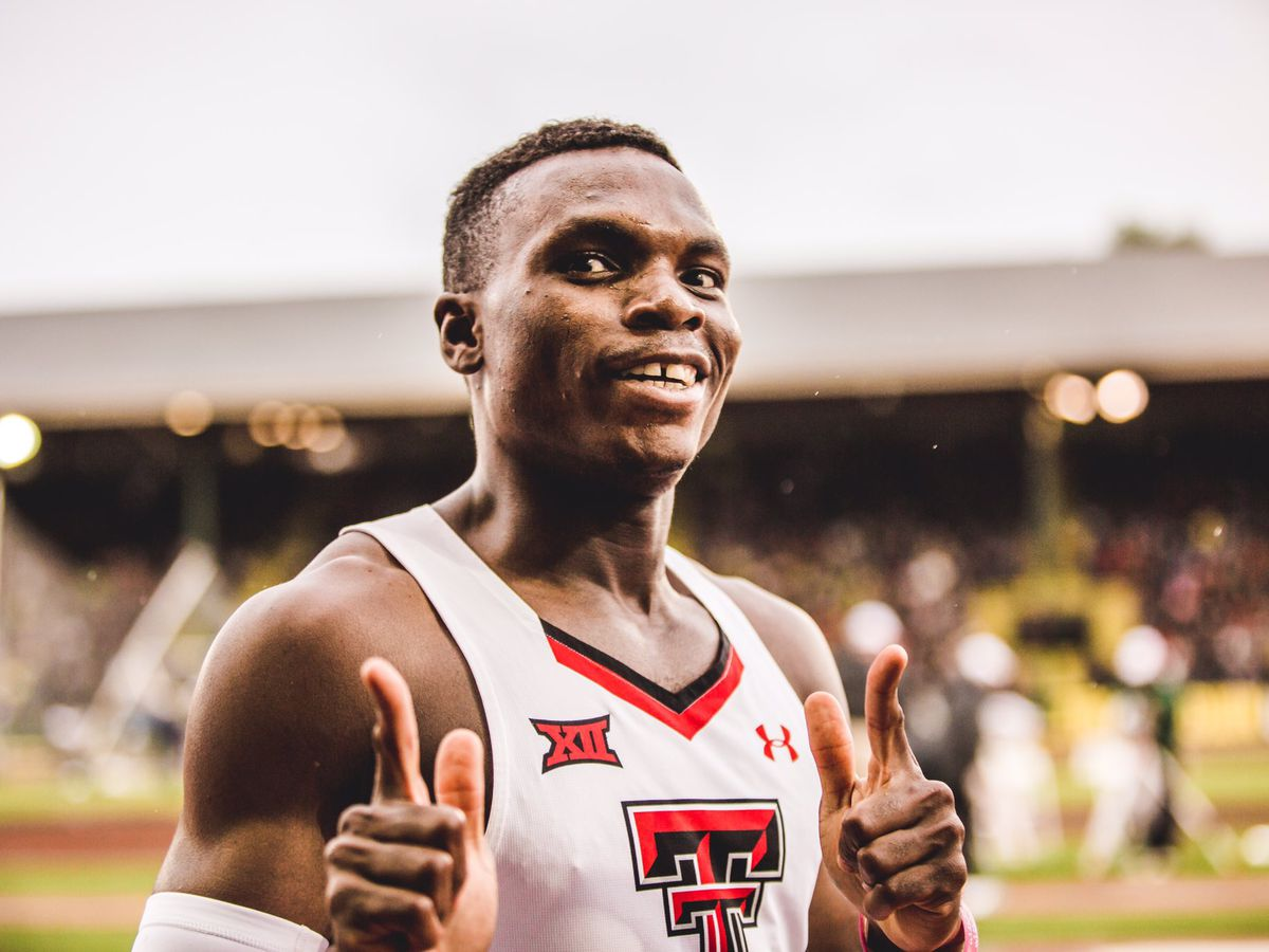 Texas Tech's Divine Oduduru runs fastest time in the world