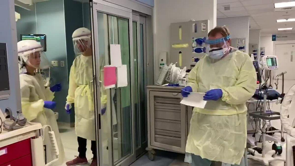 Front-line medical staff deaths grow, highlight virus risks