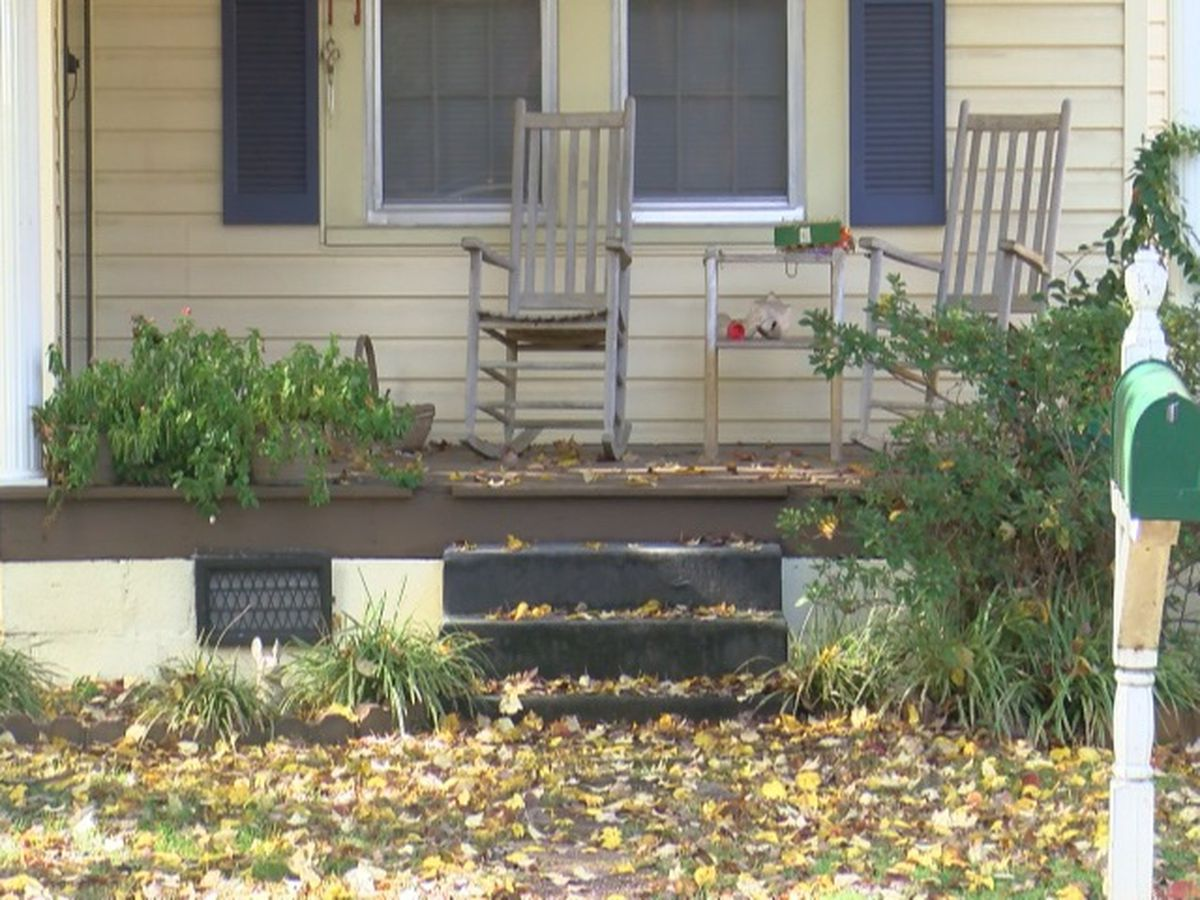 Holiday thieves get early start on thefts from Albertville porches