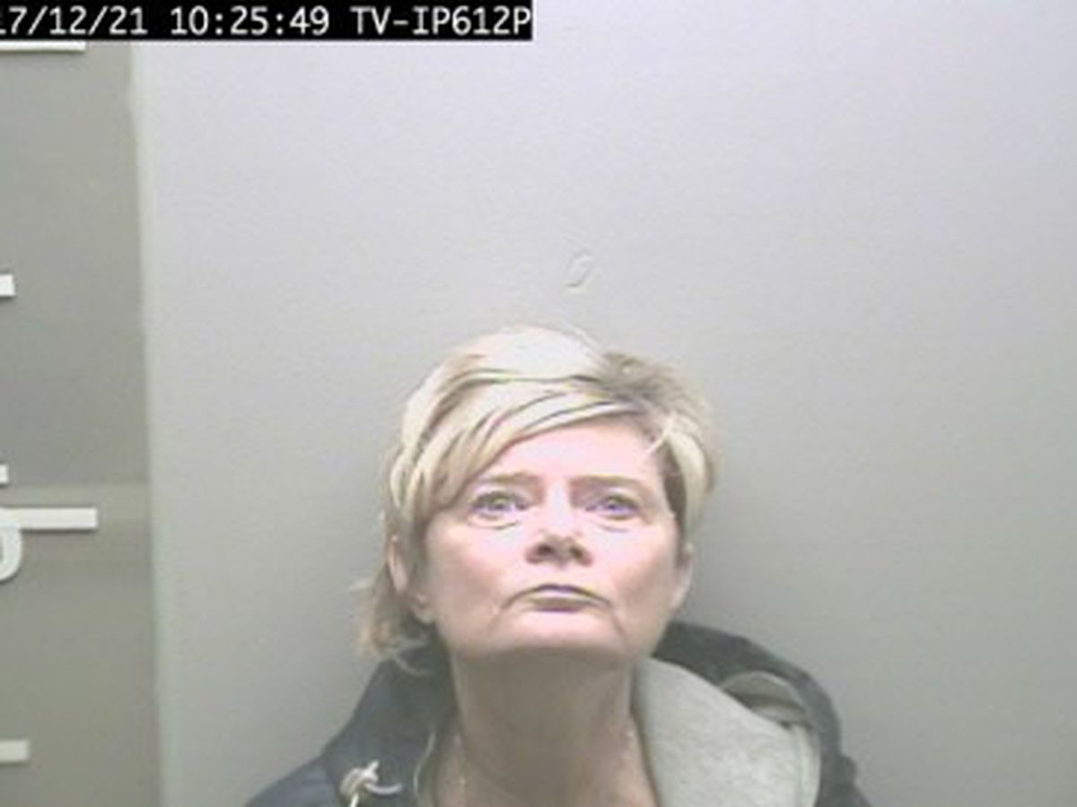 Boaz woman pleads guilty to stealing nearly $30K from Albertville pediatric clinic
