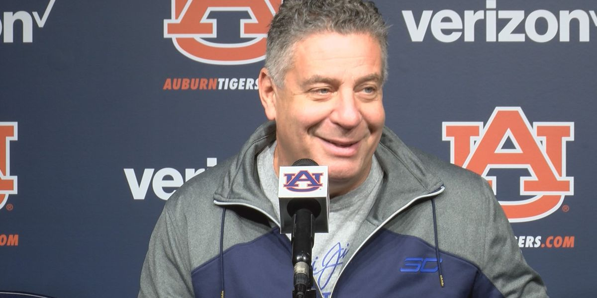 Auburn, Pearl agree to new 5-year contract