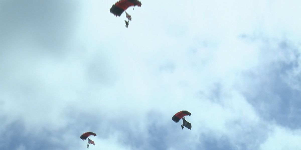 Army parachute team salutes health care workers at north Alabama hospitals