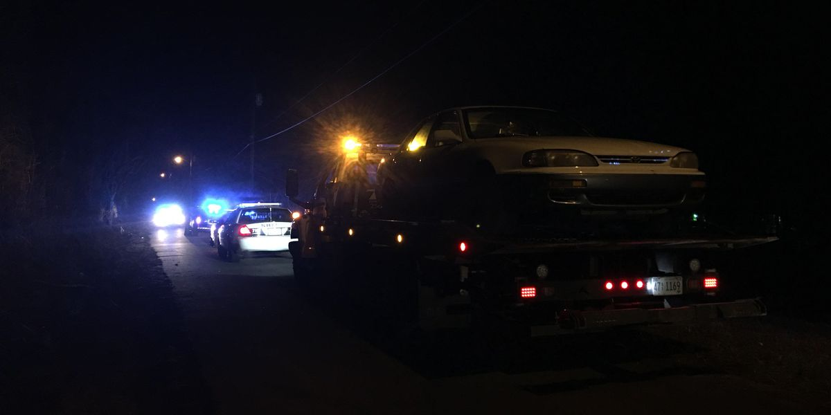 Police looking for suspect in overnight high-speed chase