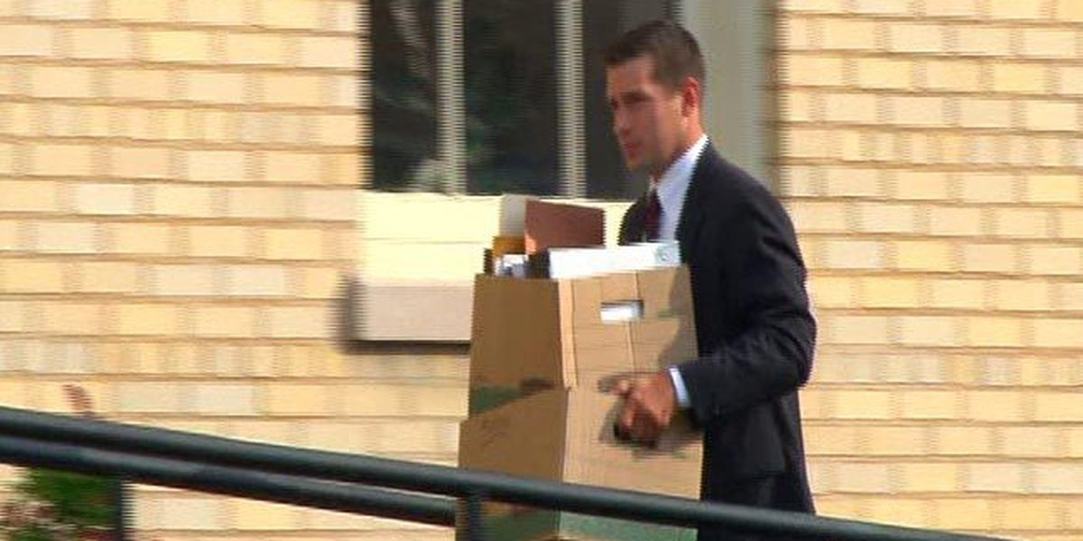 WATCH WAFF: Police searching for robbery suspect; Day 3 wraps in Eric Parker trial, what to expect for day 4