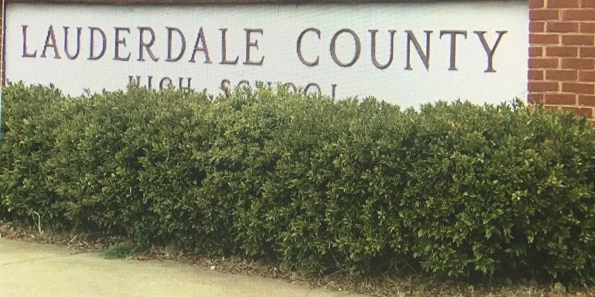Lauderdale County students learn the importance of giving this holiday season