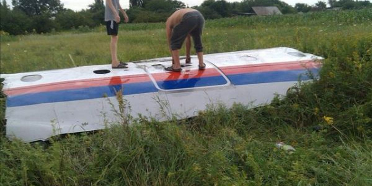 Local reaction to Malaysian Airlines crash in Ukraine