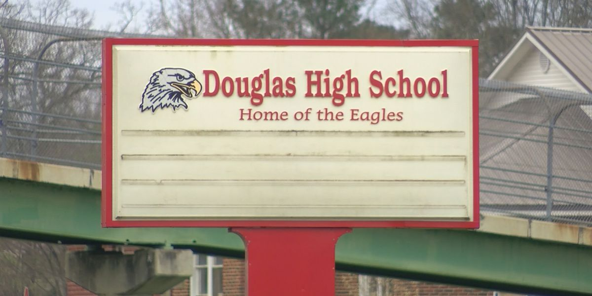 Father outraged over racially charged note targeting son at Marshall County school