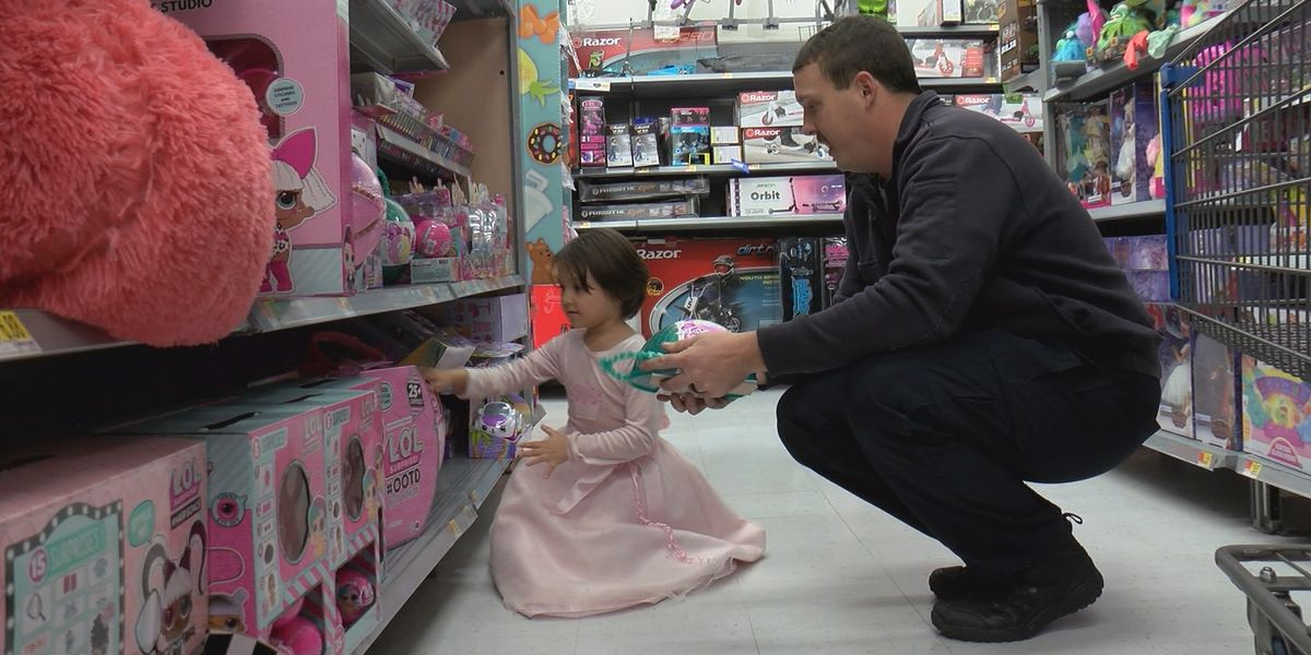 Athens Fire & Rescue, local sponsors treat kids to Christmas early