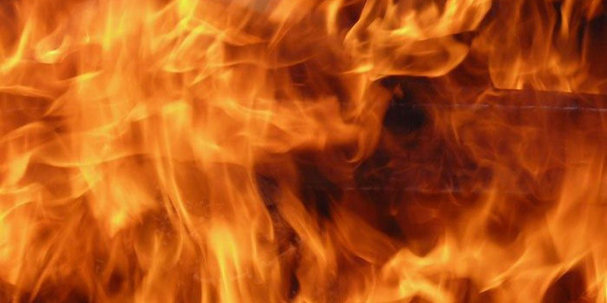 Crews battle house fire in New Hope