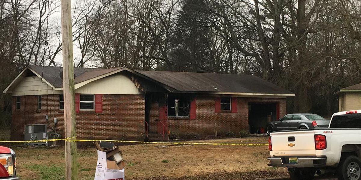 1 displaced after morning house fire in Huntsville