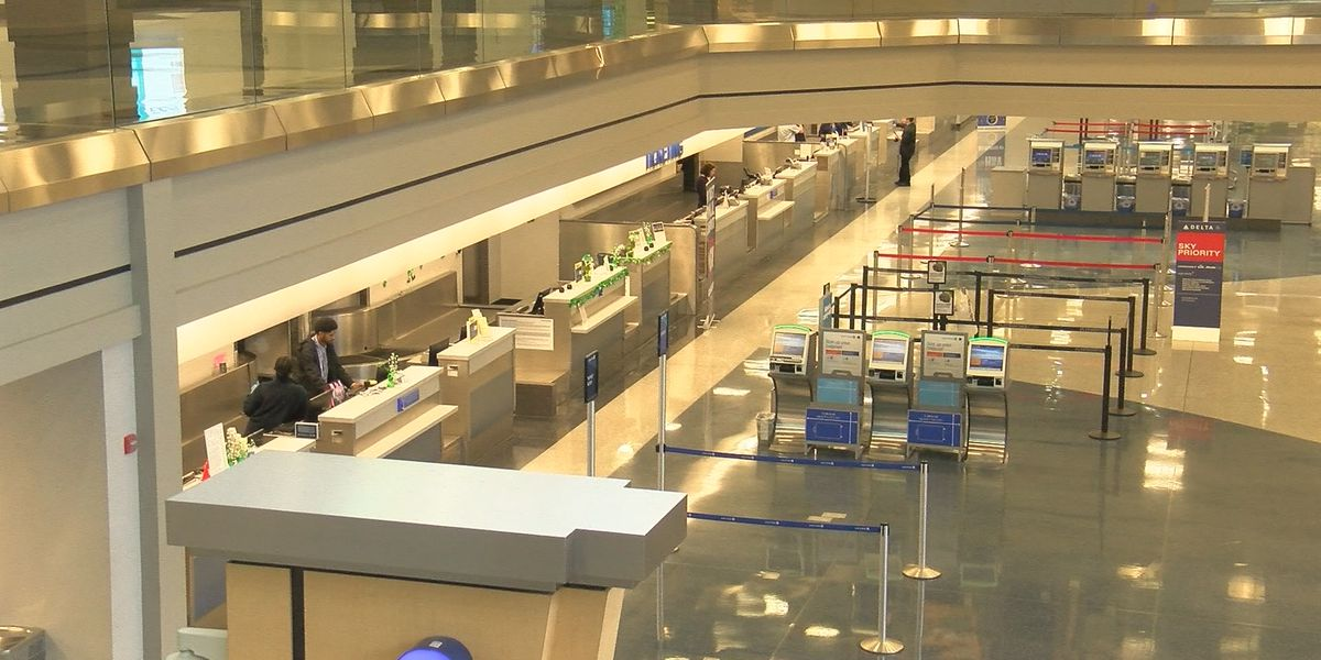 Visitor Center reopens at Huntsville International Airport