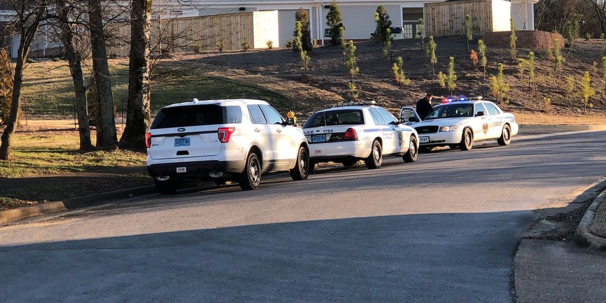 Teen dead, juvenile charged following south Huntsville shooting
