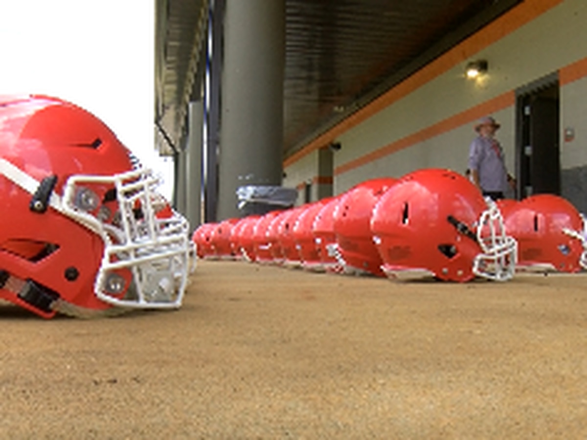 Area high school football teams battle threat of COVID-19