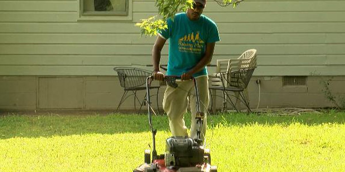 North AL man going on second nationwide lawn mowing tour