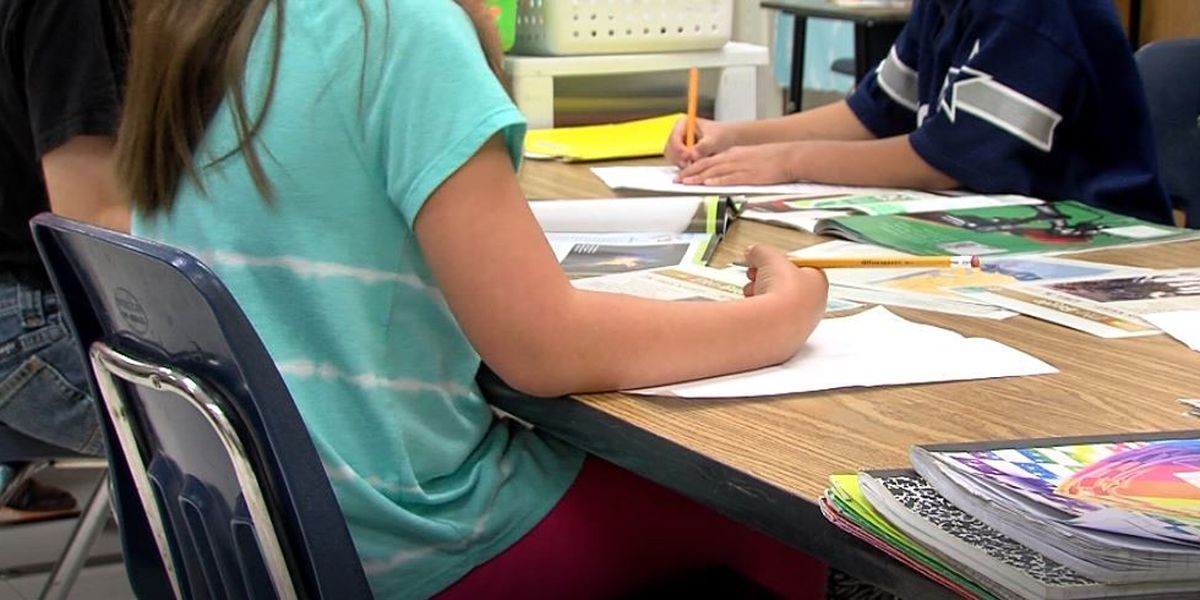 Ala. lawmakers look at another teacher pay raise