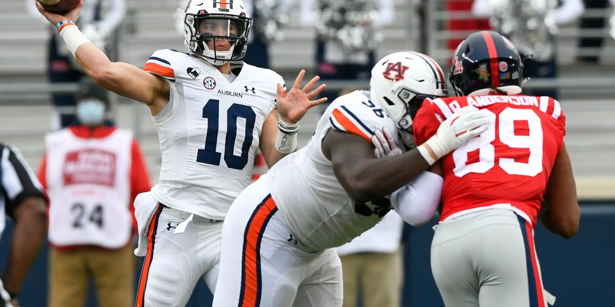 Nix, Williams Deliver Game Winning Drive, Outlast Ole Miss 35-28