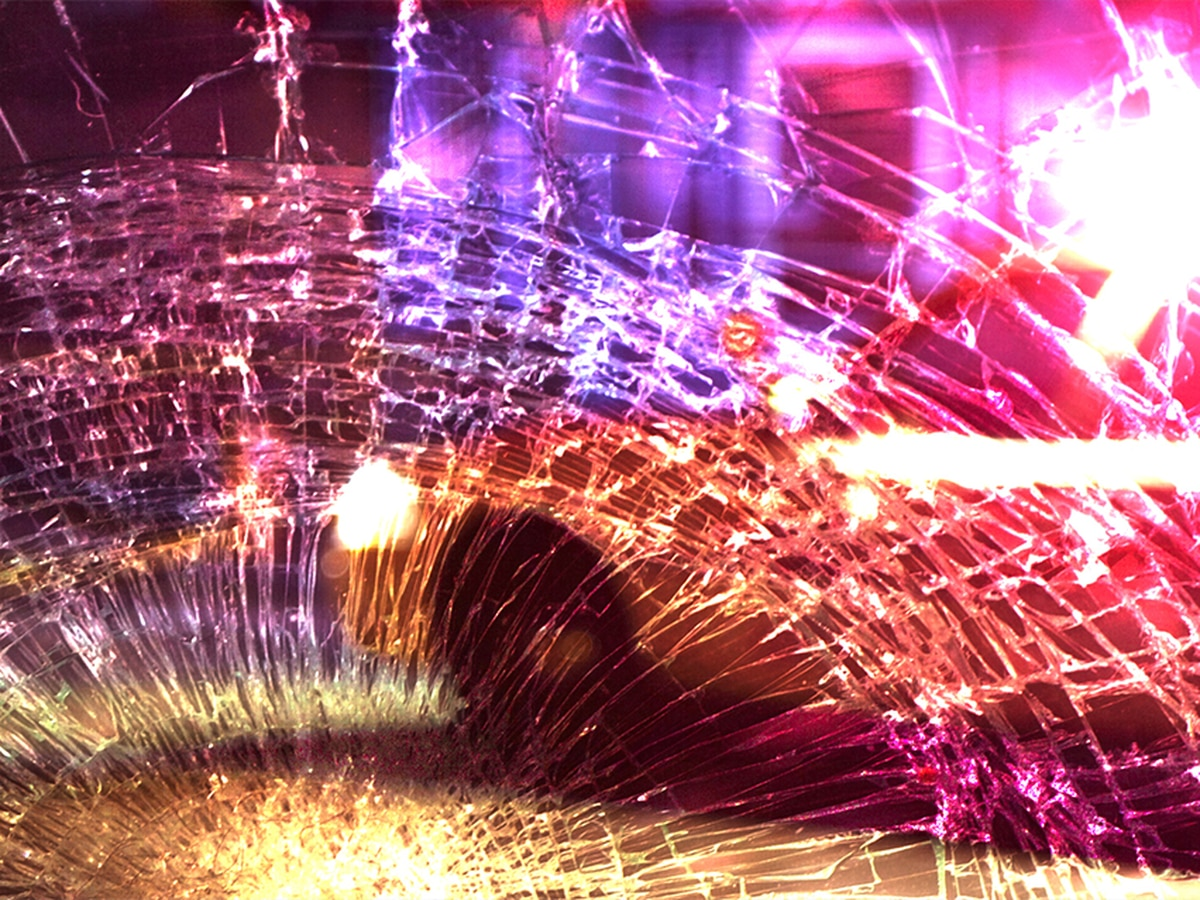 Rogersville man killed in car wreck