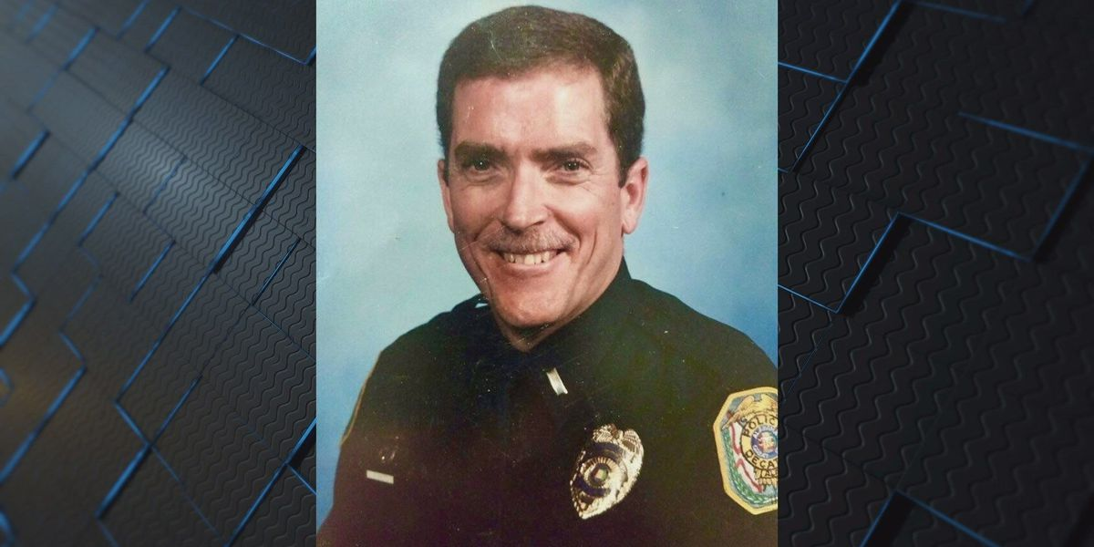 Retired Decatur police officer passes away