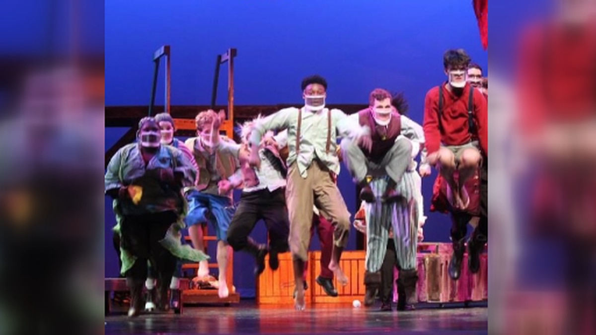 Sparkman High School puts on first production in new theatre