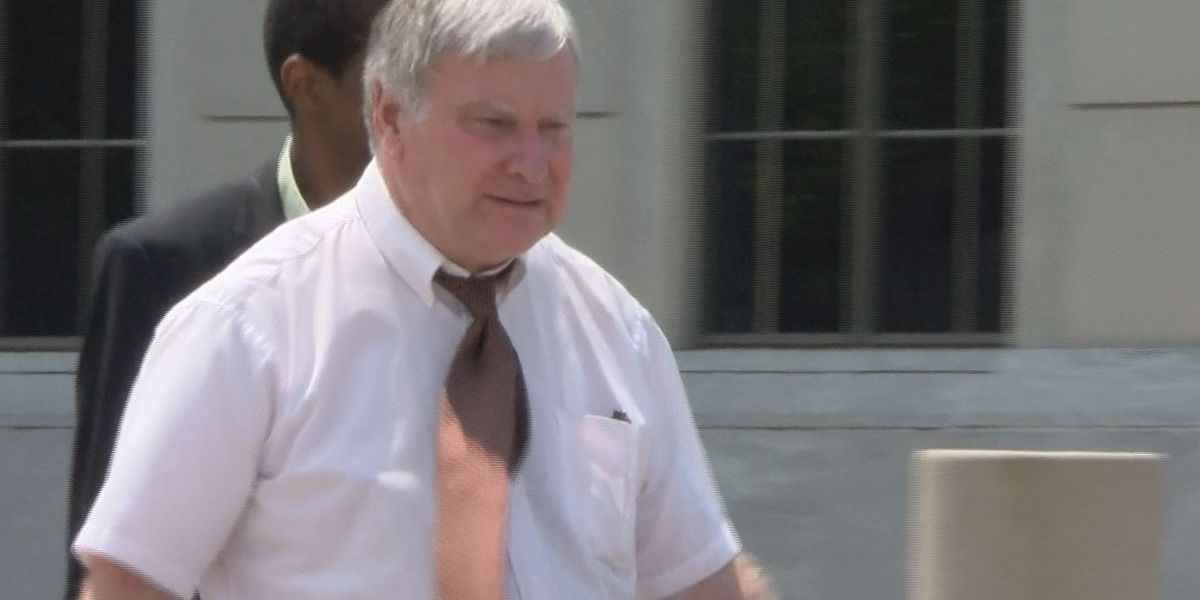 Doctor arraigned on new counts in pill mill investigation