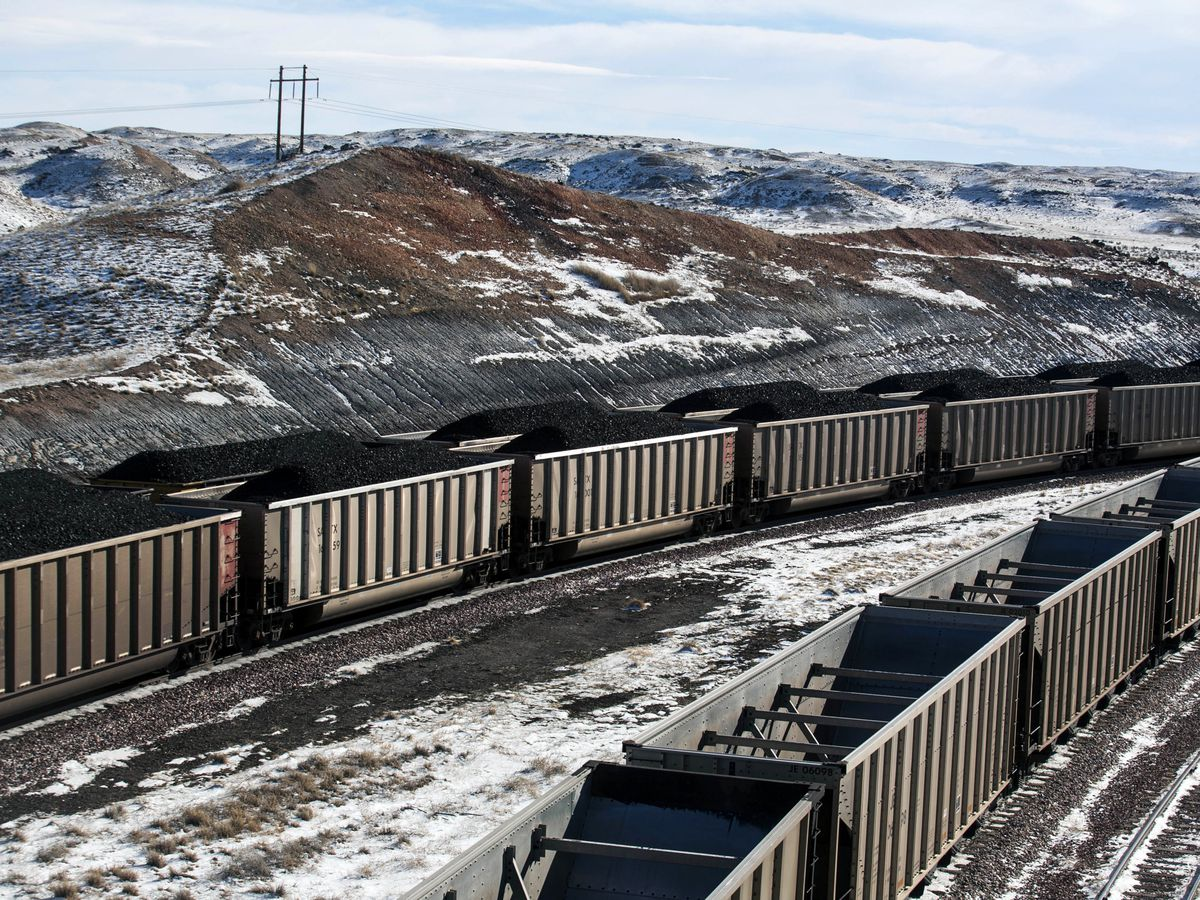 States ask court to stop Trump from reviving US coal sales
