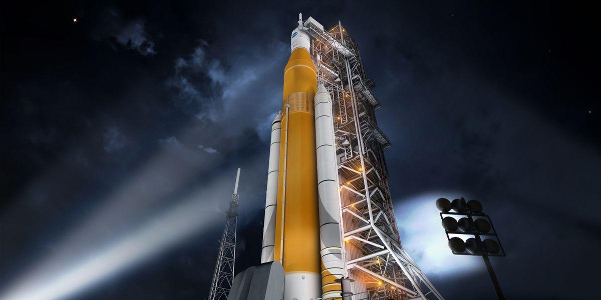 NASA examining risks, rewards of astronauts on first SLS flight