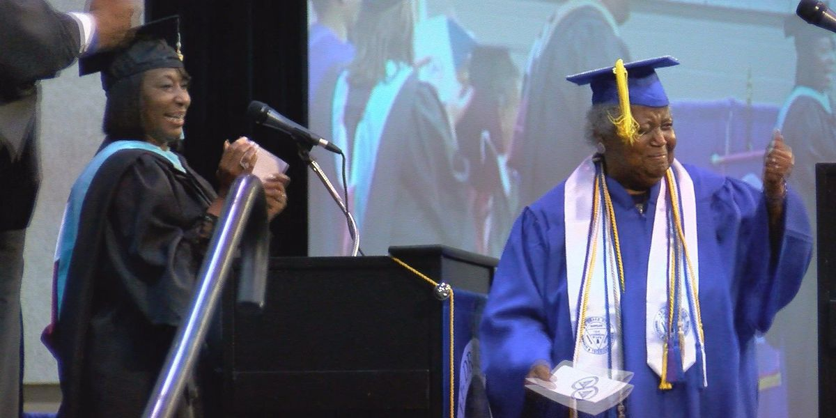 AL grandmother, 75, graduates from college while battling cancer