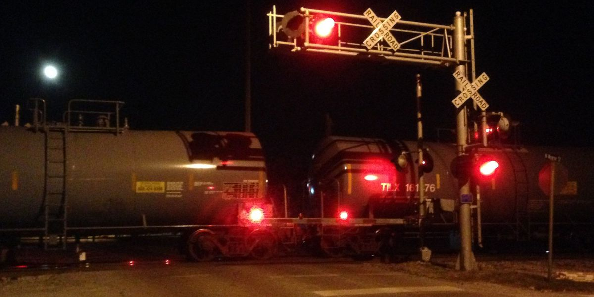 Pedestrian killed by train in Athens