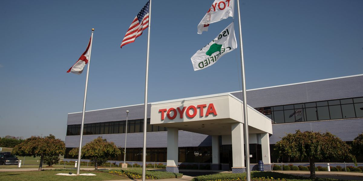 Toyota expands temporary suspension of North American plants