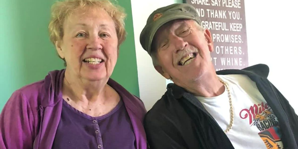 Michigan couple dies of COVID-19 one minute apart