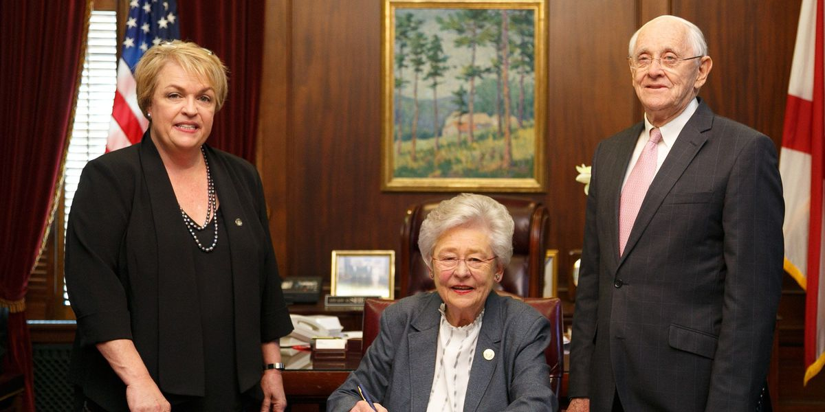 Gov. Ivey signs pay raise bills for state employees, educators