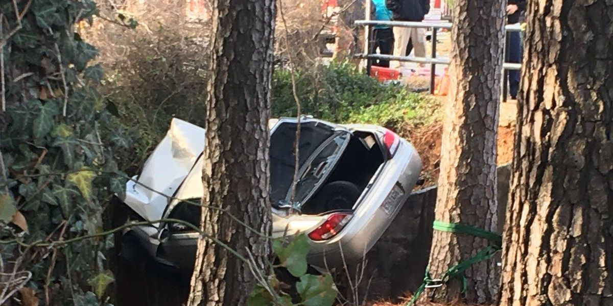 Driver rescued from embankment in NW Huntsville